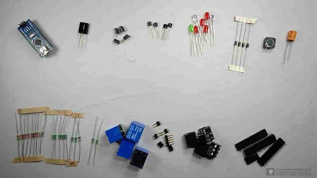 arduino controlled smart relay V1 components