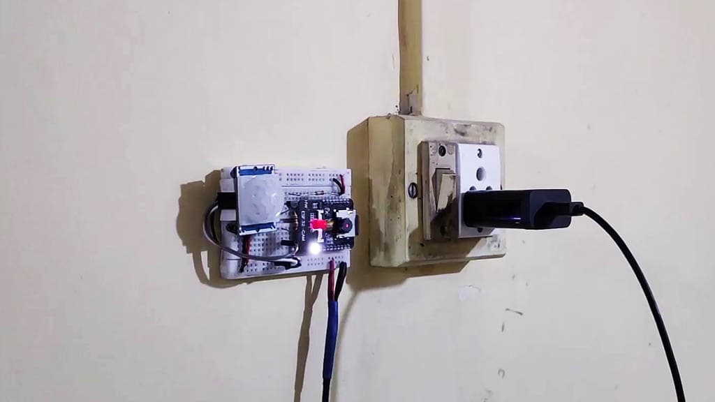 esp32cam PIR motion sensor camera pic 4
