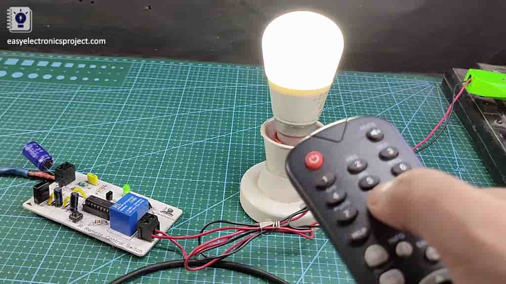 IR sensor switch with CD4017